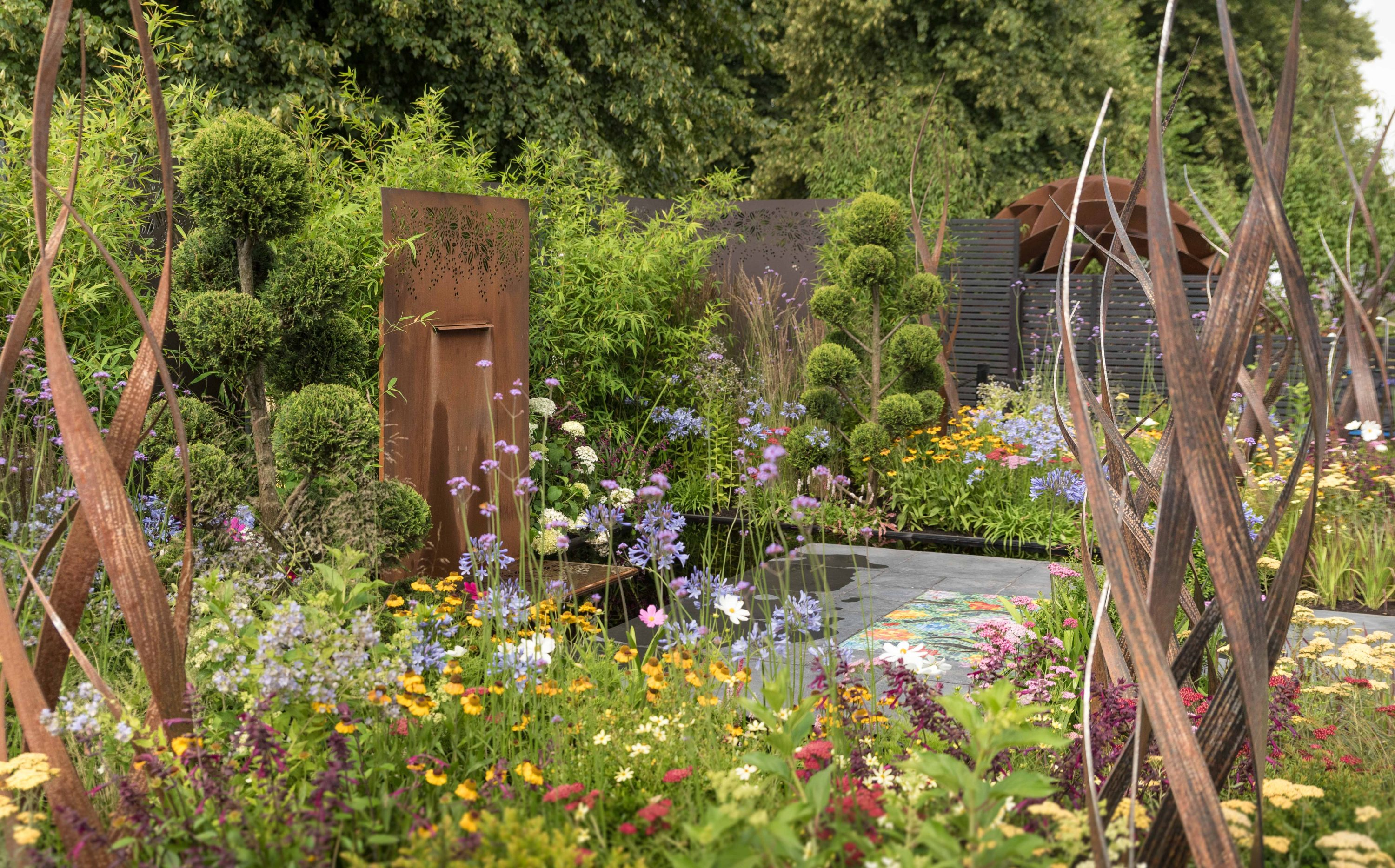 2018 July 4th Hampton Court Palace Flower Show Brilliance in Bloom-13
